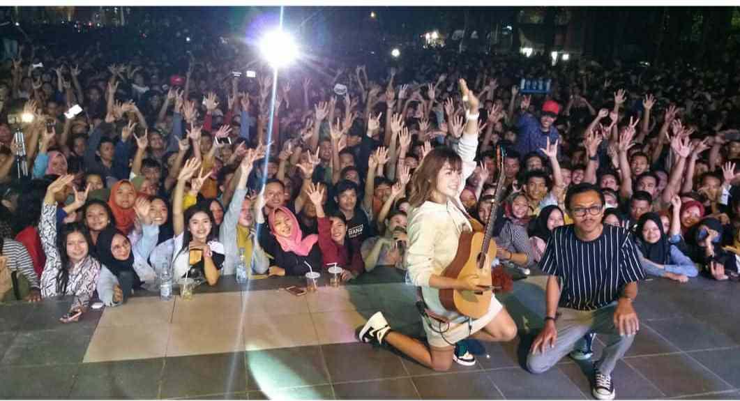 Pecah Konser Tami Aulia Di Banjiri Penonton