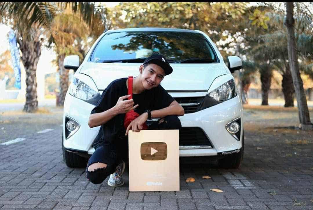 Rico Mey Youtuber Gaming Dari Jepara Dengan 1 Juta Subscriber