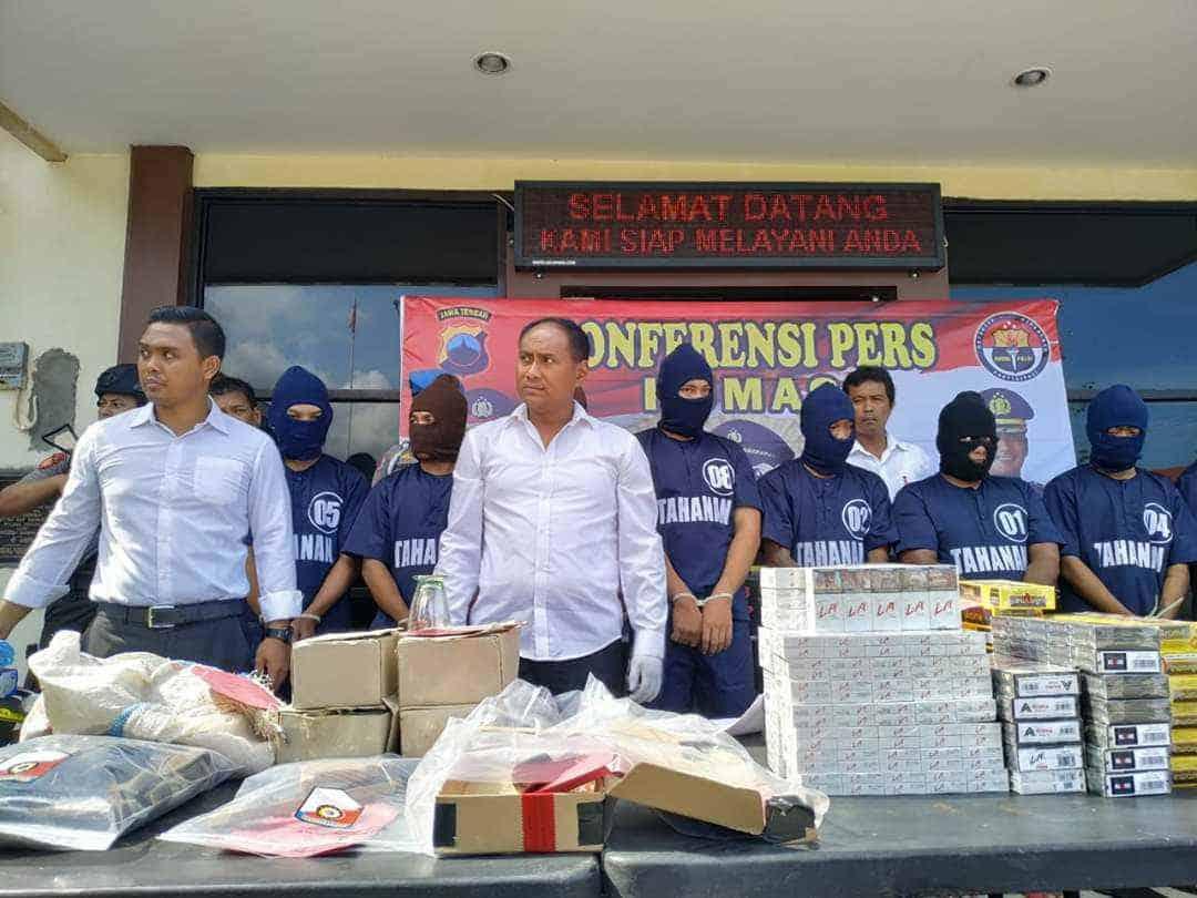 Polres Jepara Ungkap Kasus Maling Rokok Di Desa Guyangan