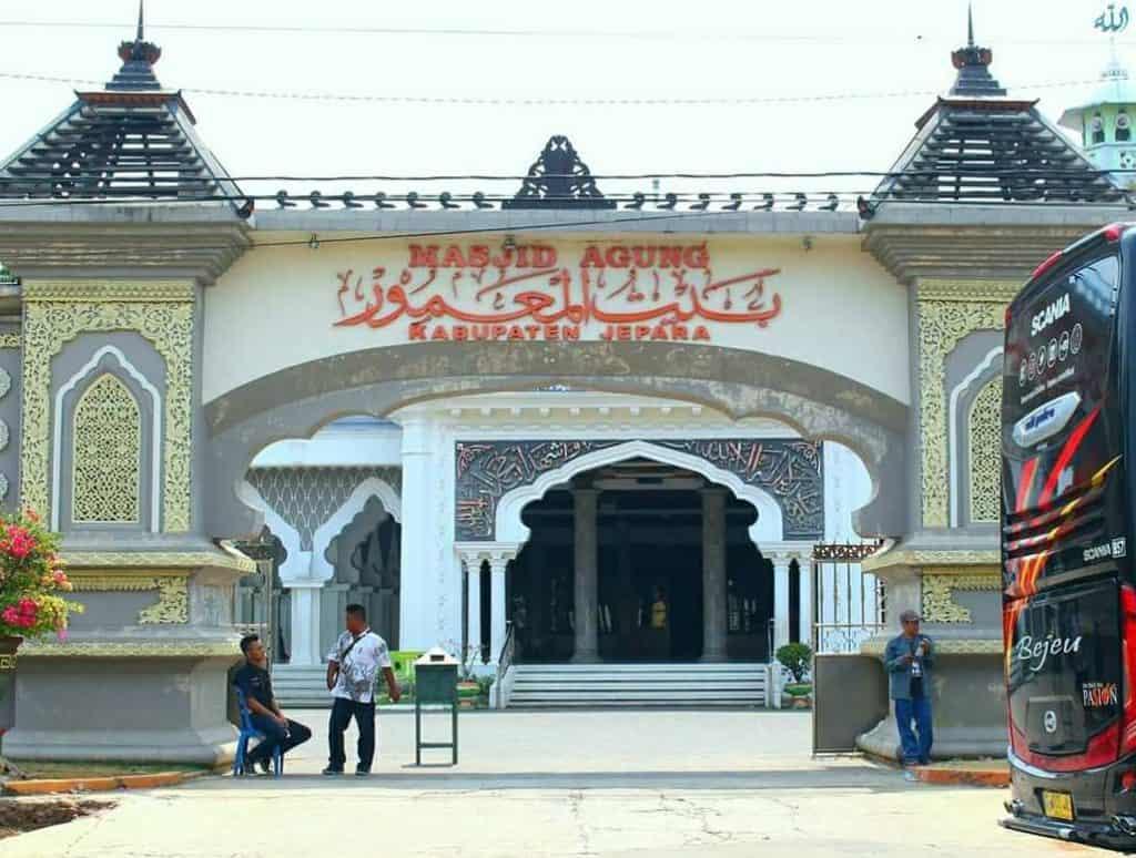 Masjid bersejarah jepara
