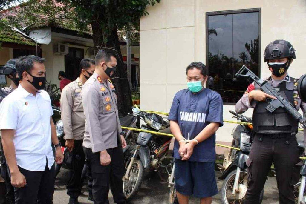 Pencuri sepeda motor jepara